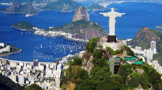 brazil-iconic-statue-on-corcovado-mountain-in-rio-de-janeiro-hd-wallpaper-805x450